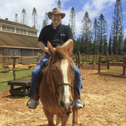 Travel to Lanai – Episode 320