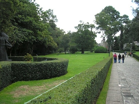 The museum has extensive grounds for you to wander and relax in