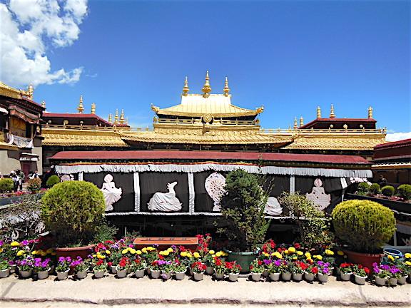 Jokhang Tapınağı