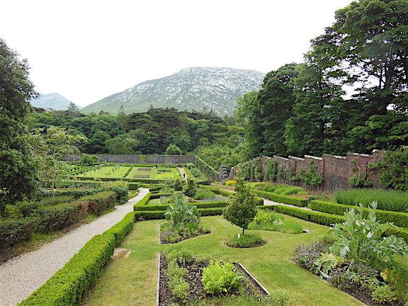 Kylemore Duvarlı Bahçeleri
