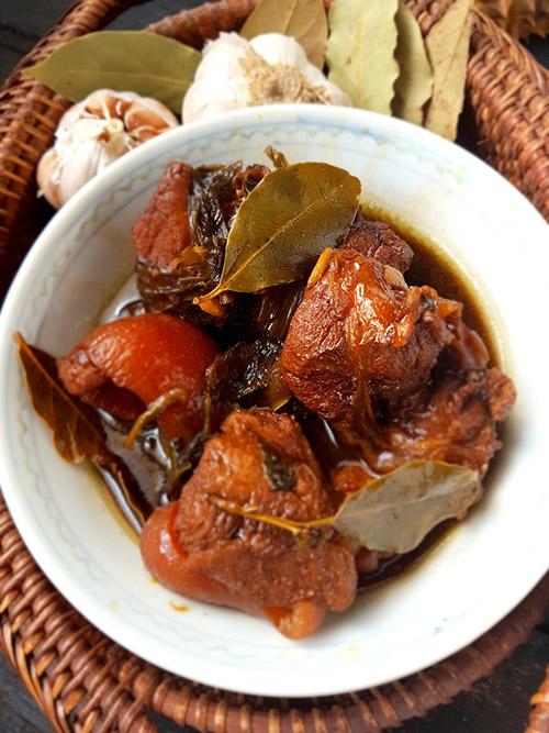 Pork/Chicken Adobo - Philippines