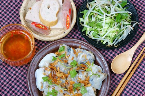 Roll Cake (Bánh Cuốn) - Vietnam