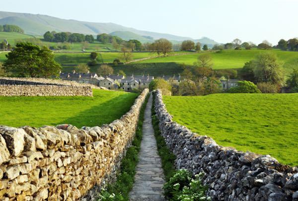 Yorkshire Dales Ulusal Parkı (İngiltere)