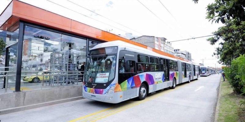A Never-Ending Bus. Courtesy of Metro Ecuador.